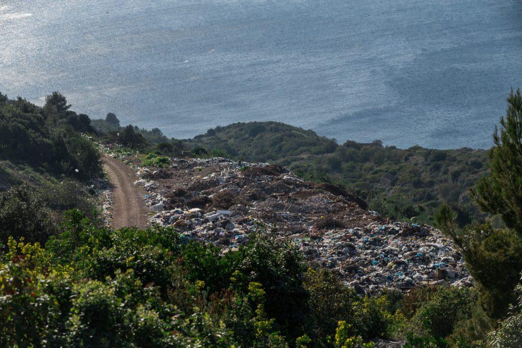 Gradsko smetlište Komiža – deponij Šćeće