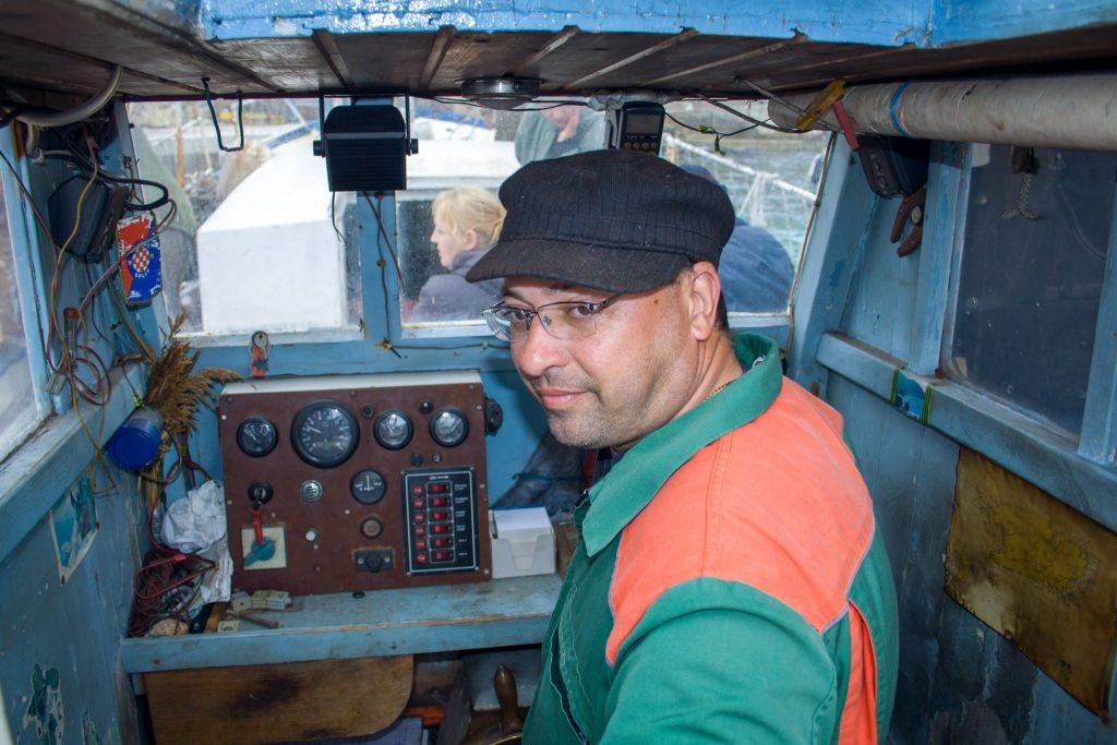 Uvođenje redovne brodske linije Komiža – otok Biševo